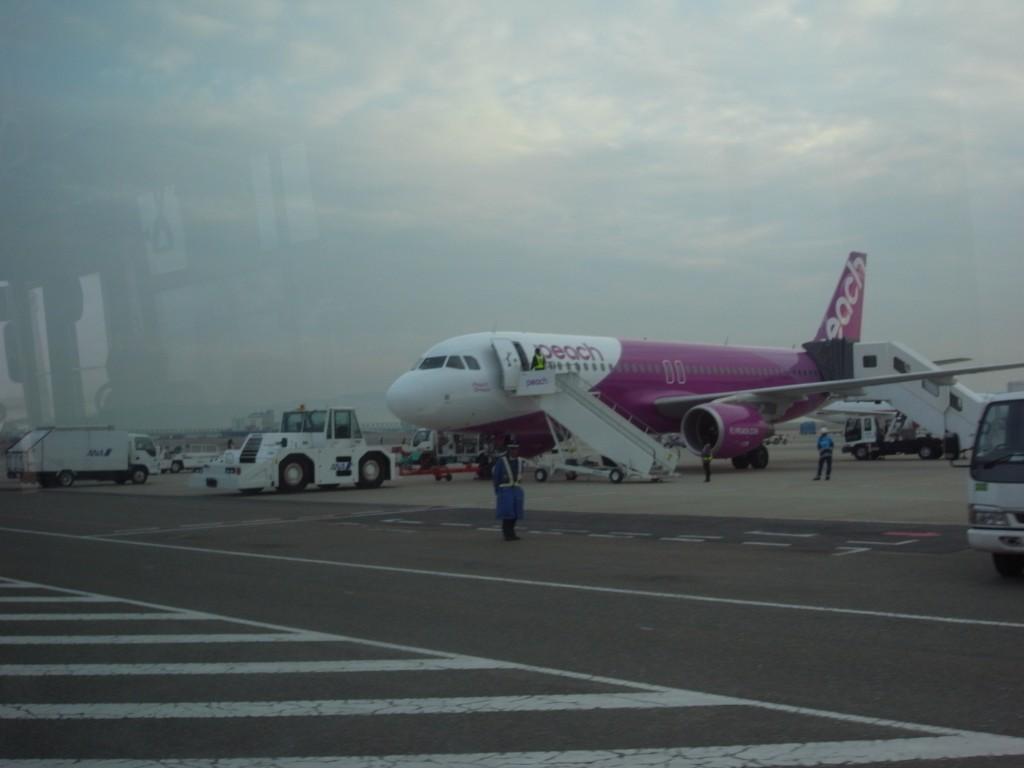 ピーチ飛行機1