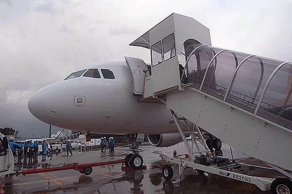 バニラエアの飛行機写真3